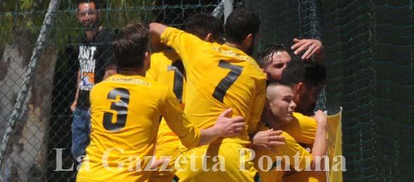 1359 RACING CLUB esultanza gol play-off